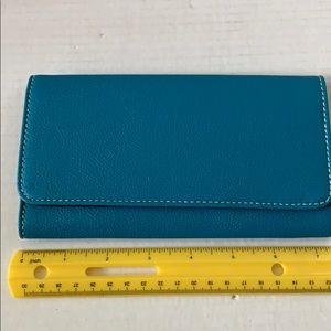 Avon Super Fashion Wallet Blue NEW